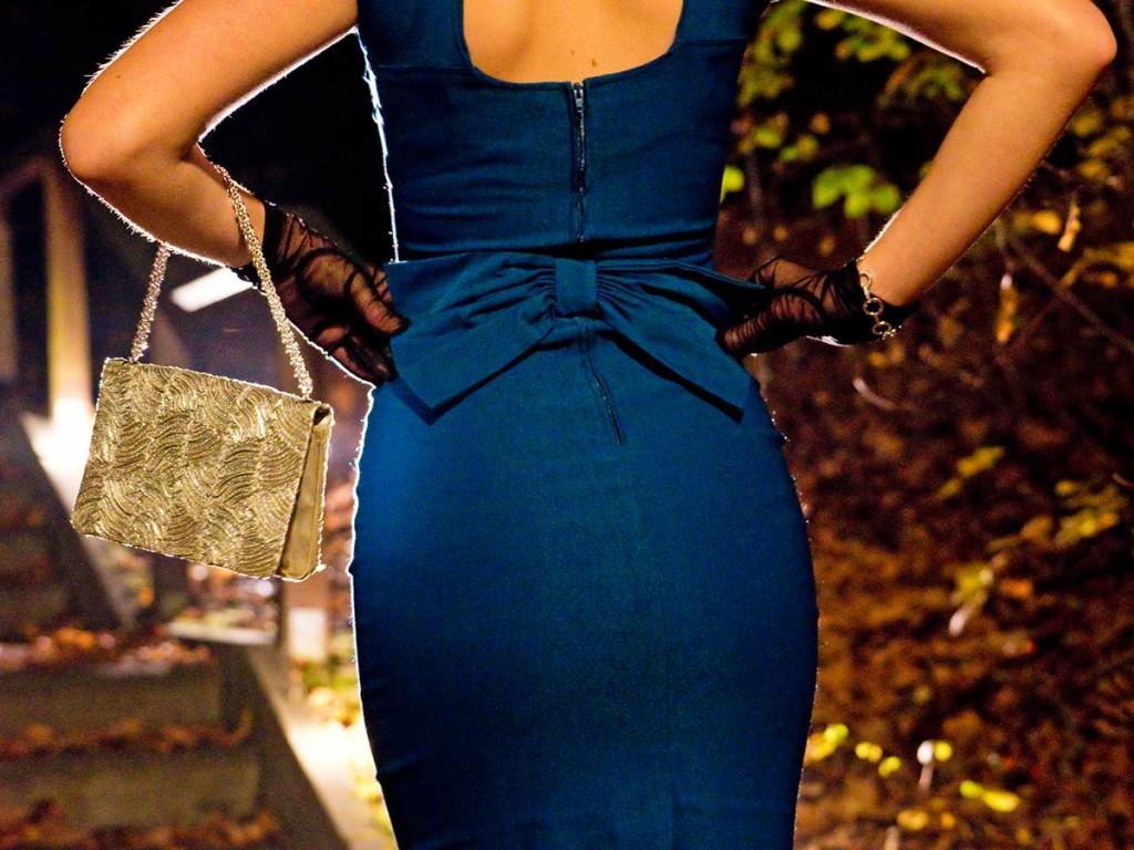 Die Schleife des Kleides von Stop Staring! im Detail