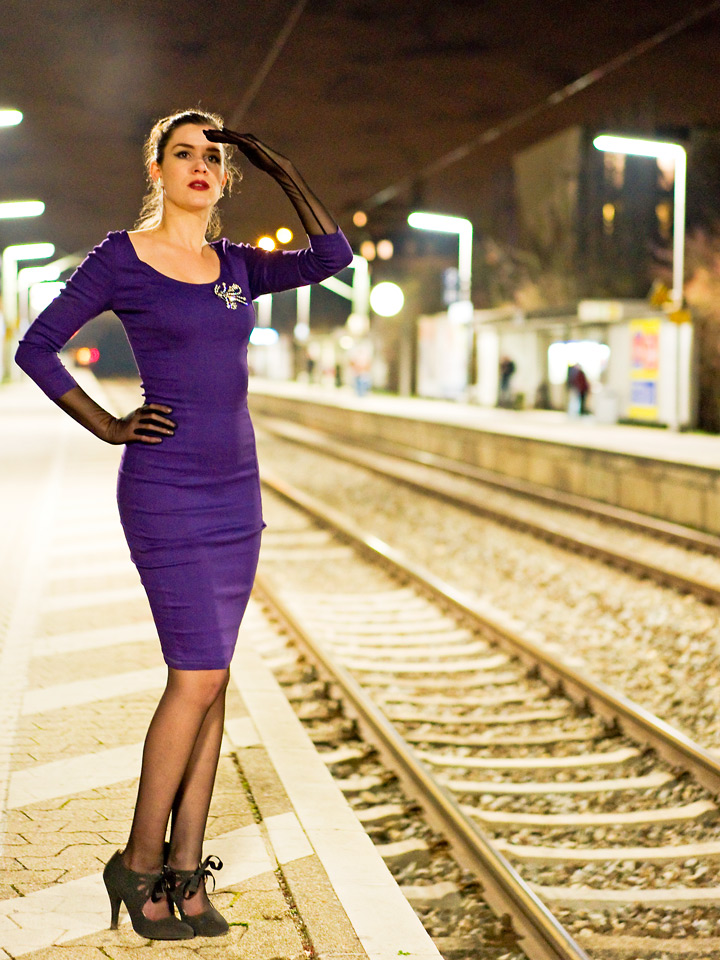 RetroCat im Pencil Dress von Collectif Clothing