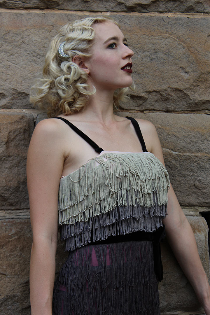 GracefullyVintage wearing a pretty 1920s inspired dress