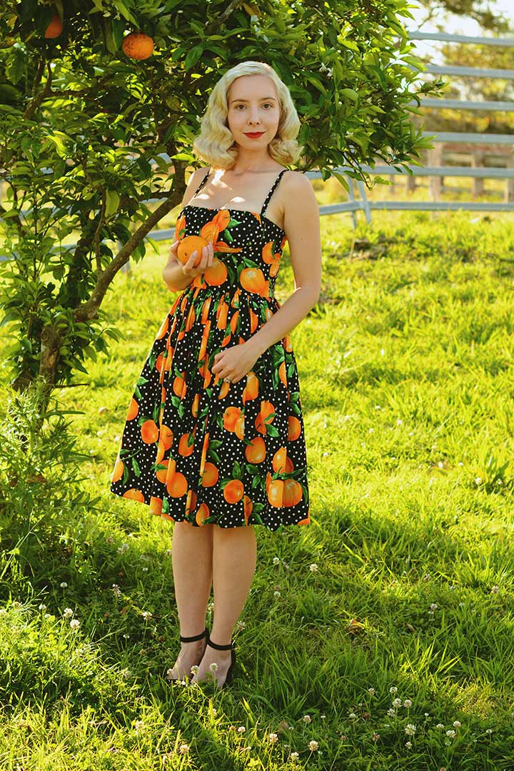 Harlow Darling wearing a summer dress