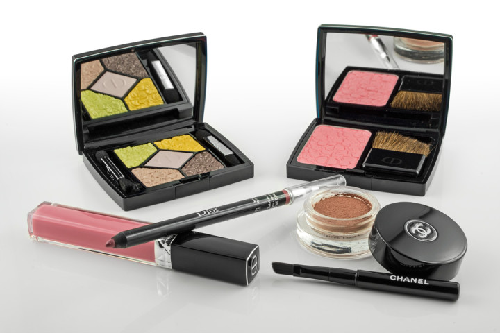 Einige Produkte aus den Frühlingskollektionen von Chanel und Dior