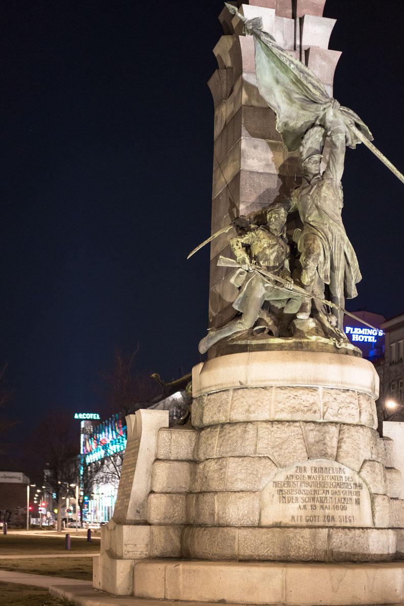 Das Arcotel Wimberger in Wien bei Nacht