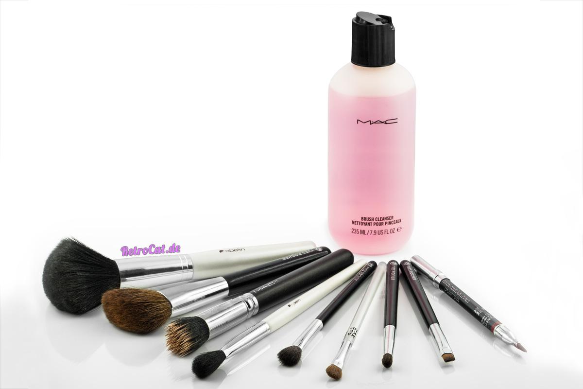 Make-up-Pinsel und Pinselreiniger