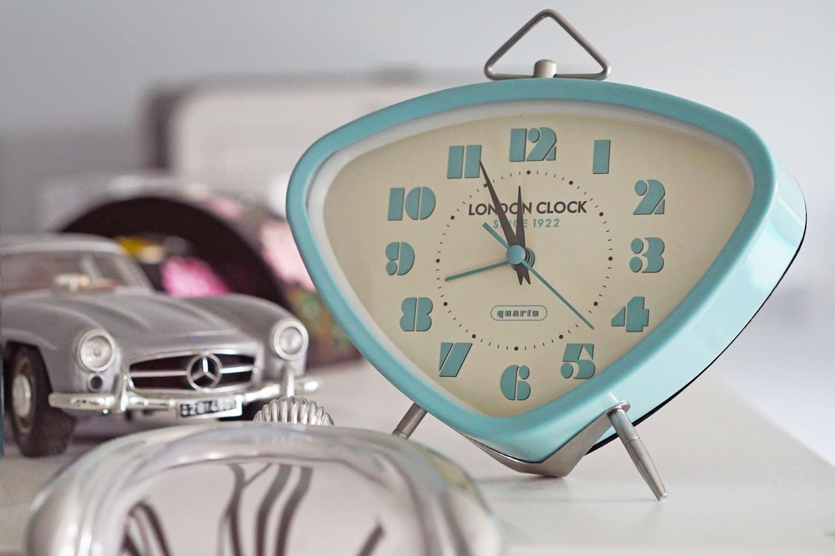 RetroCats Retro-Wecker von London Clock