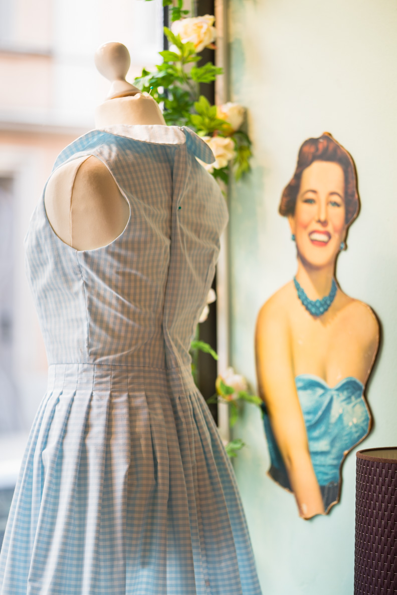 Eine Schaufensterpuppe im Maison Chi Chi Vintage