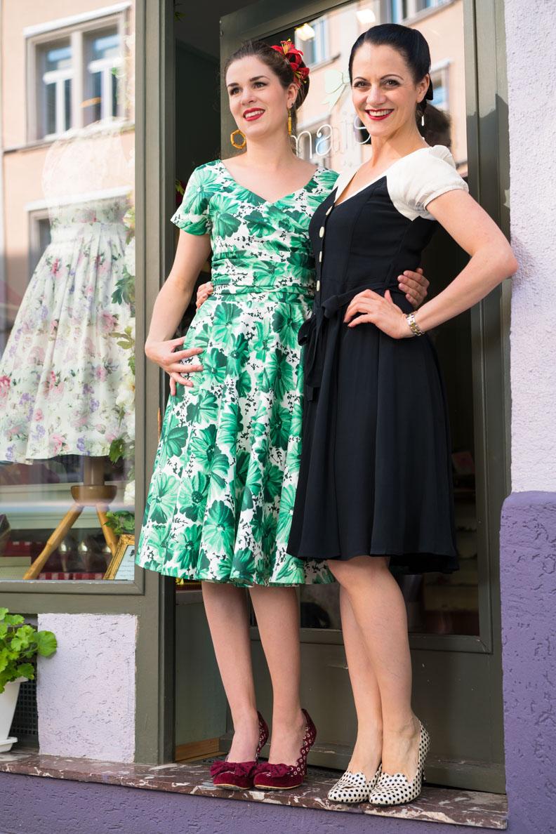RetroCat und Nina vor der Boutique Maison Chi Chi Vintage