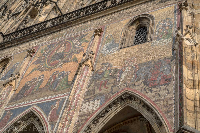 Mosaik am Veitsdom in Prag