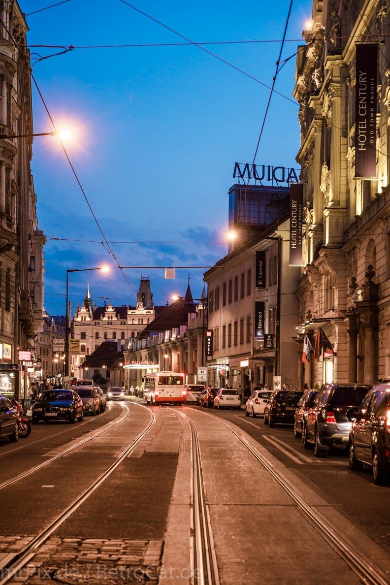 Prag kurz nach Sonnenuntergang
