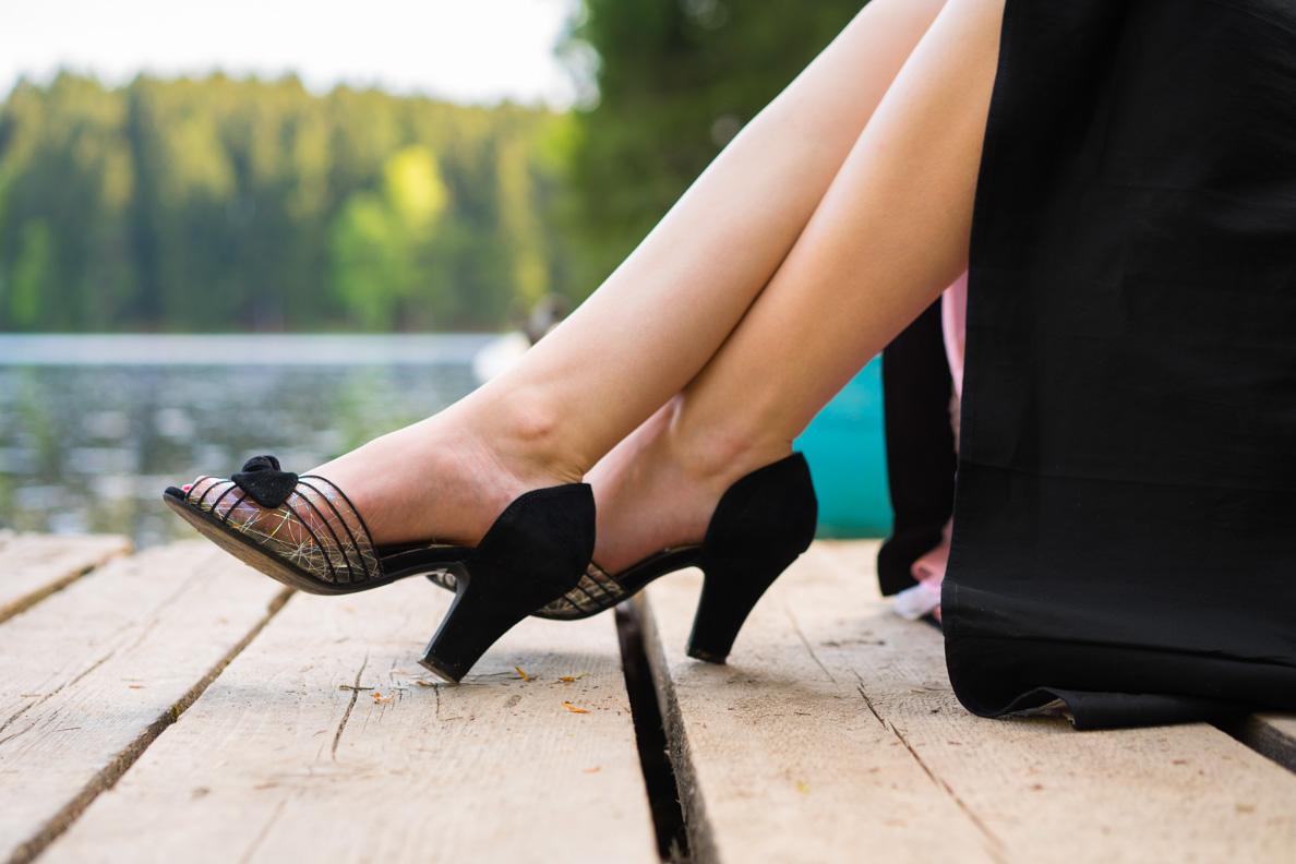 RetroCat mit Retro-Schuhen von Miss L-Fire