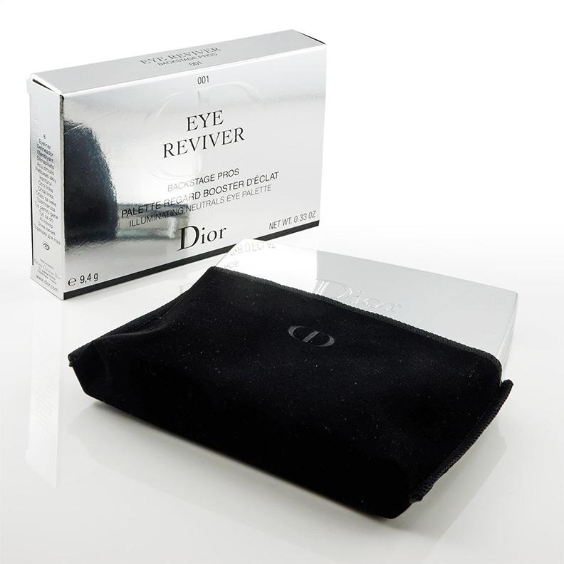 Die Dior Eye Reviver Palette im passenden Etui