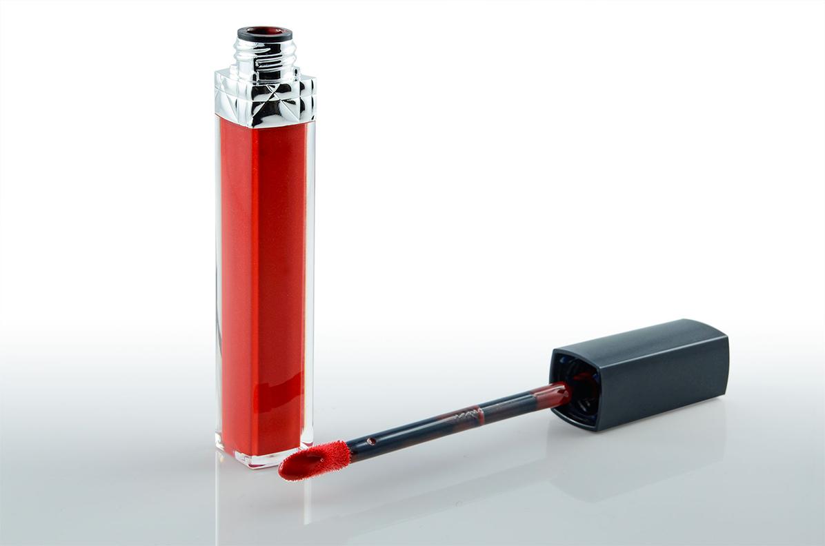 Der Applikator des Rouge Dior Brillant Gloss