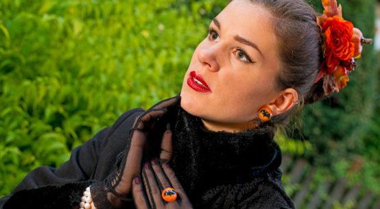 Vintage- und Retro-Mode im Wandel: 10 Must-haves für den Herbst