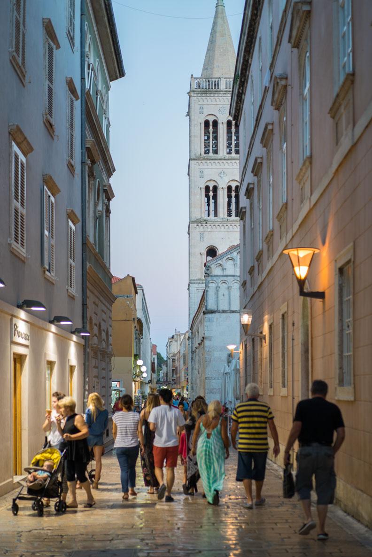 Eine Gasse in Zadar/Kroatien
