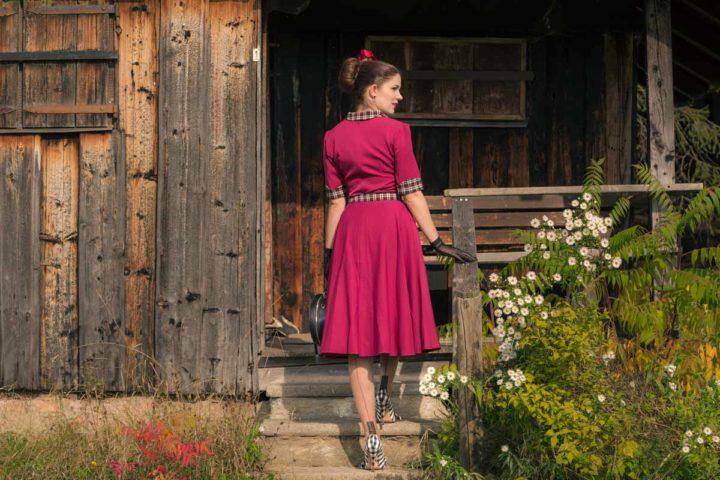 """Das """"Ella 40s Swing Dress"""" von Miss Victory Violet - ein perfekter Begleiter für jeden Tag"""