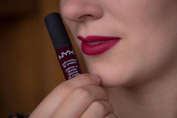 "Review: Berry coloured Lips with the NYX Soft Matte Lip Cream in ""Copenhagen"""