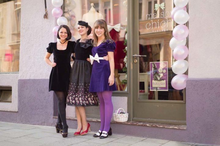 Velvet, Novelty Prints, and hot 60s Cuts: The Grünten Mode Autumn Winter Collection 2016