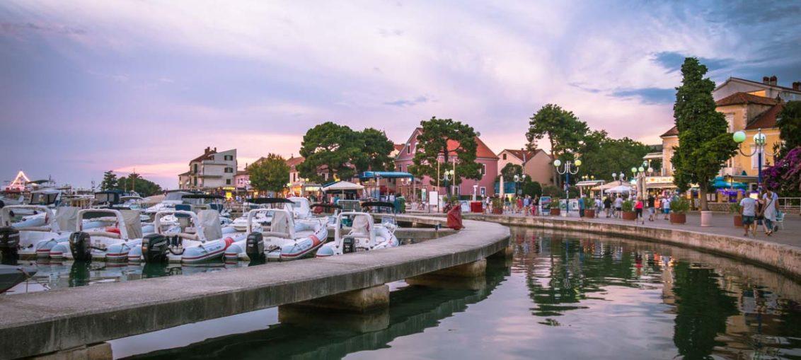Reisetipp für den Kroatien-Urlaub: Die Küstenstadt Biograd na Moru in Norddalmatien