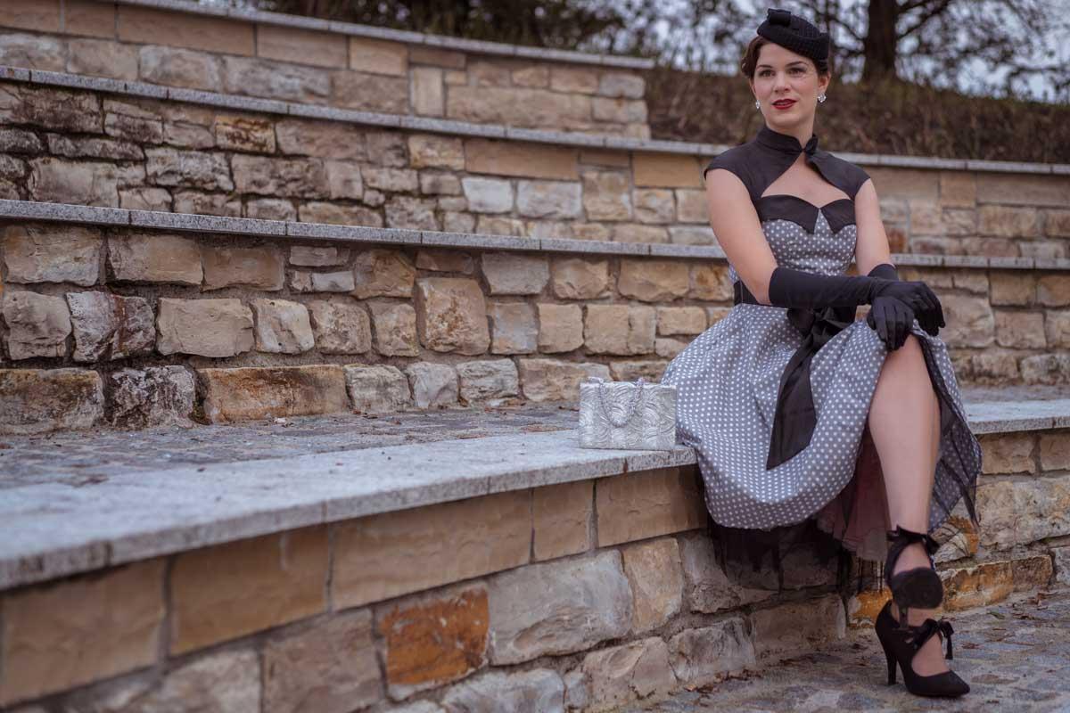 """Ein schwingendes Retro-Kleid für Festlichkeiten: """"Athena"""" von BlackButterfly"""