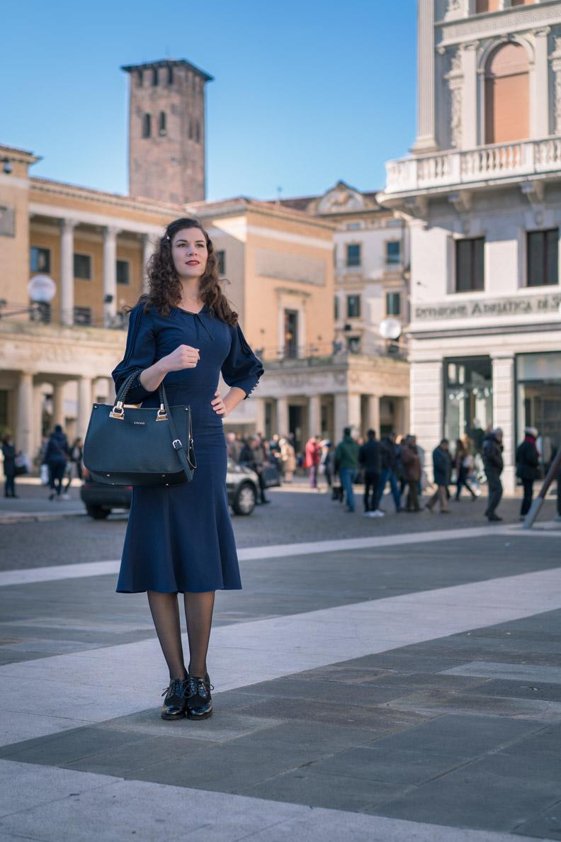 "RetroCat mit Kleid ""Rosita"" von Stop Staring! in Padua/Italien"
