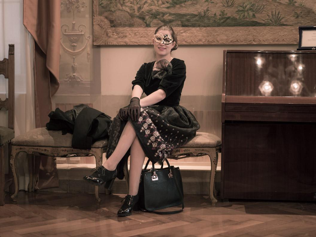 RetroCat mit dem Ballroom Dress von Grünten Mode
