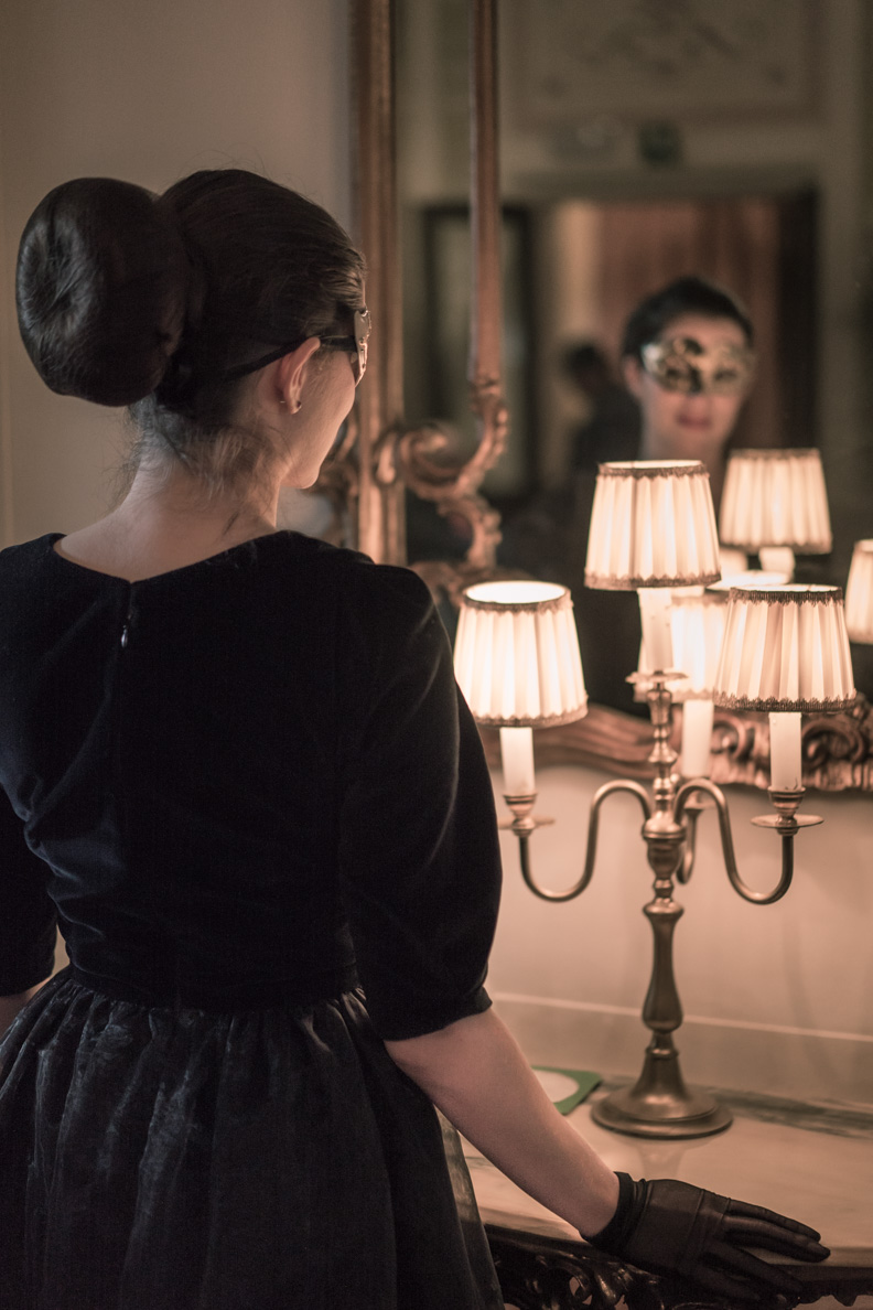 Sandra vom Vintage-Blog RetroCat mit dem Ballroom Dress von Grünten Mode in Venedig