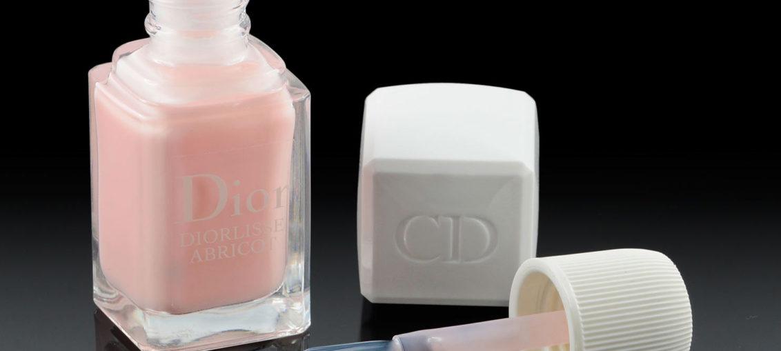 Review: Gepflegte Nägel mit dem Diorlisse Abricot Nagellack von Dior