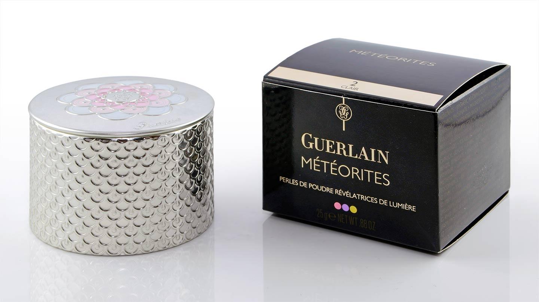 Die Guerlain Météorites in ihrer glamourösen Verpackung