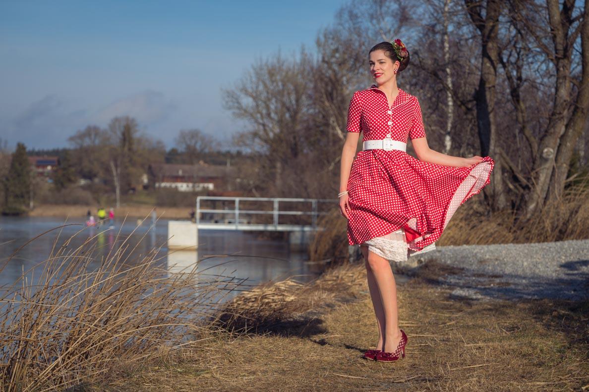 """RetroCat im klassischen Retro-Kleid """"Sabrina"""" von BlackButterfly"""