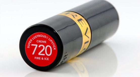 Review: Revlon Super Lustrous Fire & Ice - ein Lippenstift in atemberaubendem Vintage-Rot