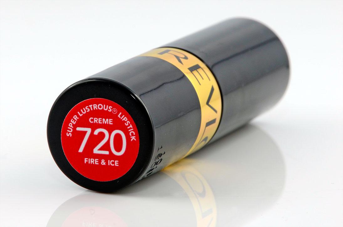 Der Lippenstift Revlon Super Lustrous Fire & Ice im Test