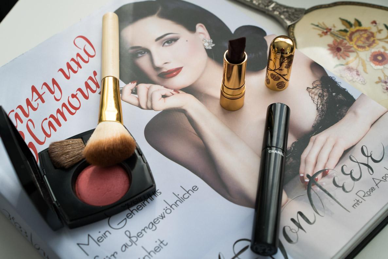 """""""Beauty und Glamour"""" von Dita von Teese und Make-up-Produkte"""