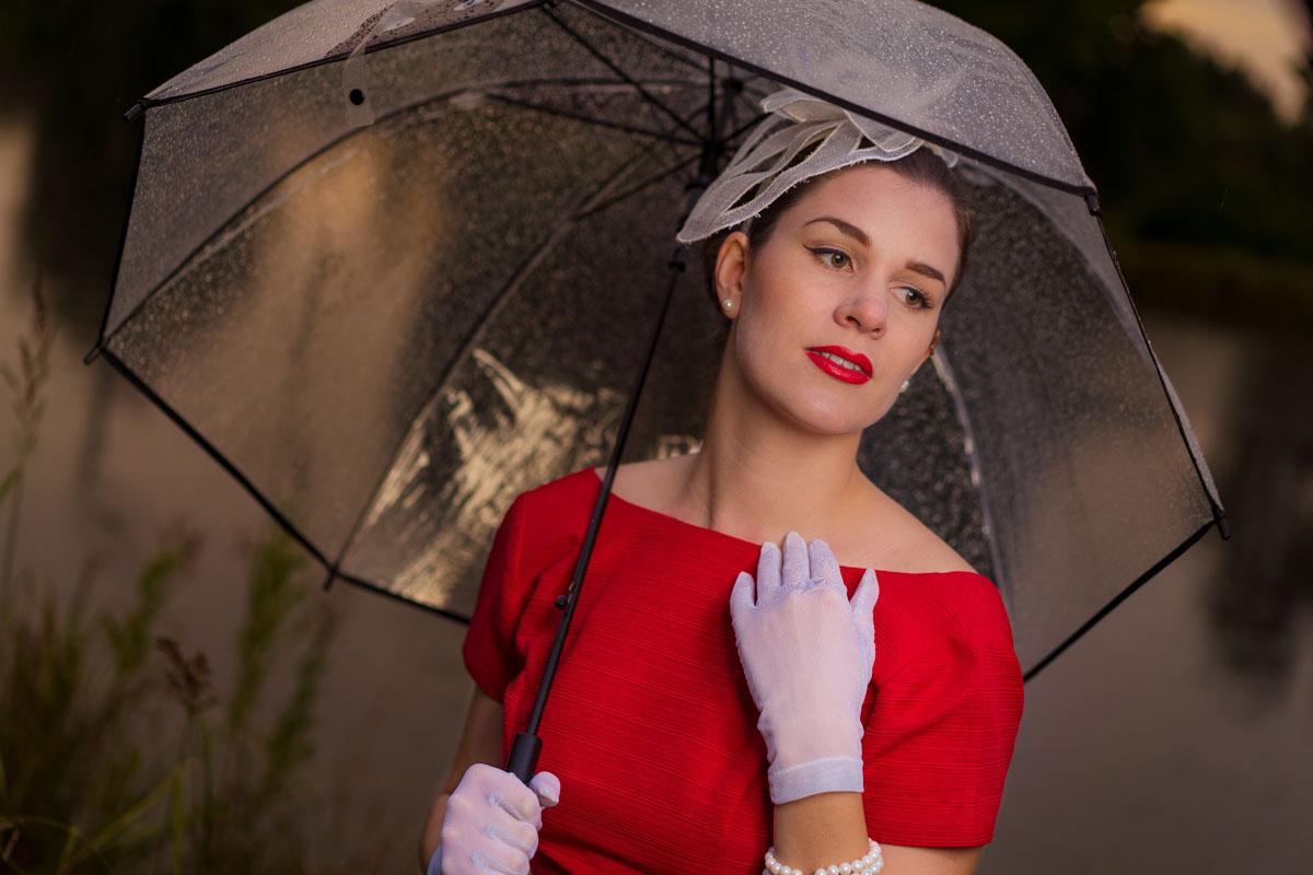 Tutorial: So zauberst Du ein regenfestes 50er-Jahre-Make-up