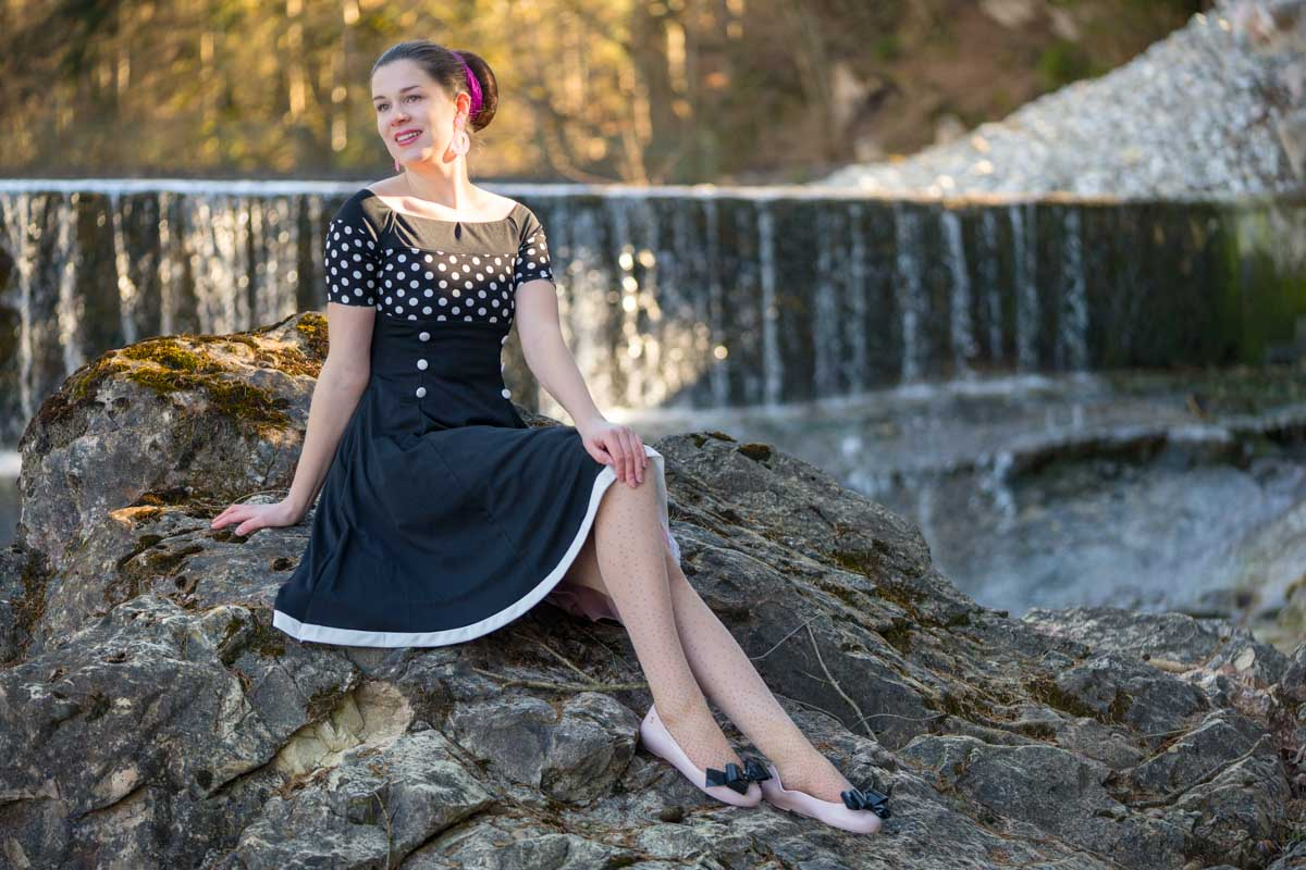 Ein maritimer Begleiter für den Frühling: Das Penny Dress von BlackButterfly