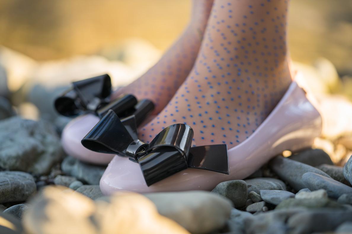 RetroCat mit rosa Ballerinas von Melissa erhältlich bei Maison Chi Chi