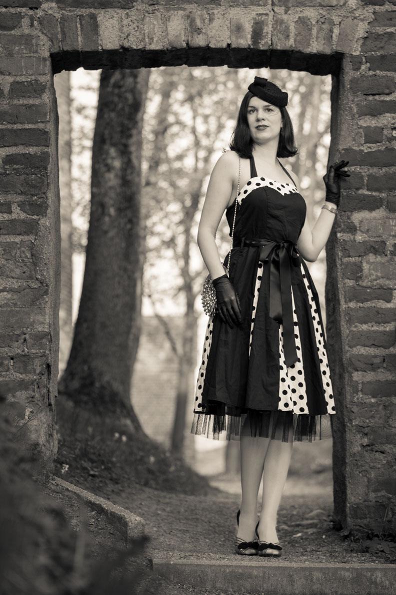 """RetroCat im Vintage-Kleid """"Ivy"""" von BlackButterfly"""