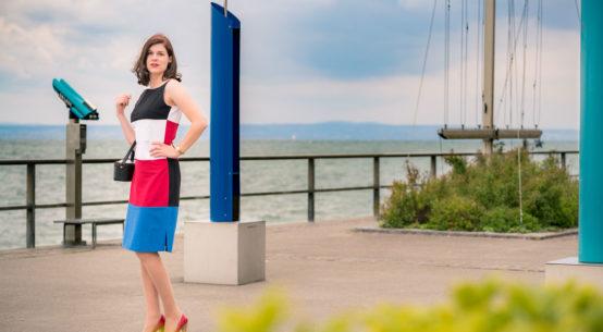 Colour-Blocking par excellence: Das atemberaubende Kelly Dress von Grünten Mode