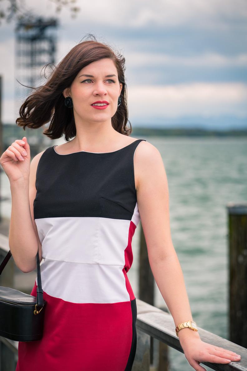 RetroCat mit dem Kelly Dress von Grünten Mode am Bodensee