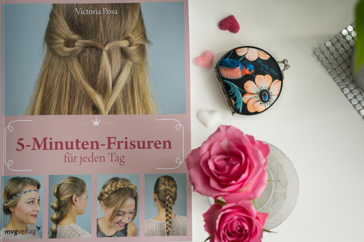 Buchtipp für alle, die es morgens eilig haben: 5-Minuten-Frisuren für jeden Tag von Victoria Posa