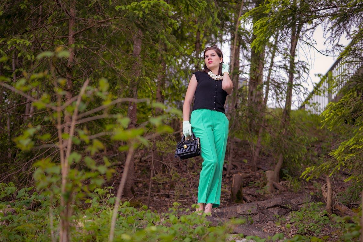 RetroCat mit den grünen Lena Pants von King Louie