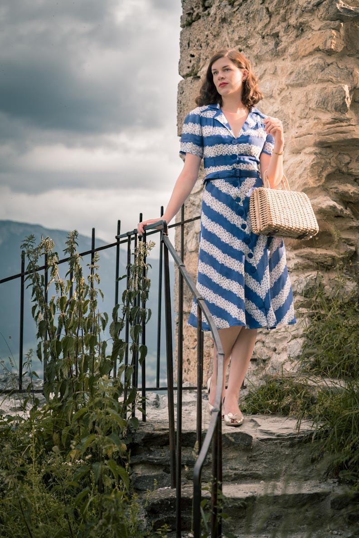 Bloggerin RetroCat im Lisa Dress von The Seamstress Of Bloomsbury