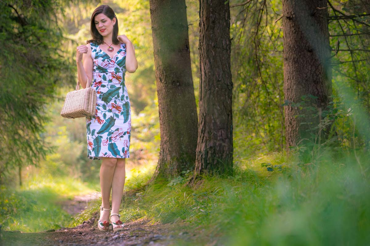 "Ein Tag in der Natur mit dem Retro-Kleid ""Cheryl"" von Dolly and Dotty"