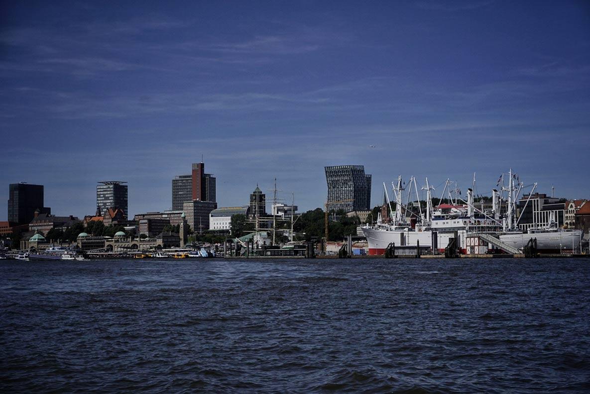 Der Hamburger Hafen - fotografiert während einer Hafenrundfahrt