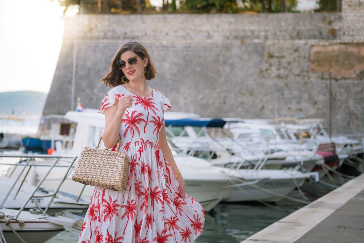Ein Abend in Zadar mit dem Palm Dress von Grünten Mode