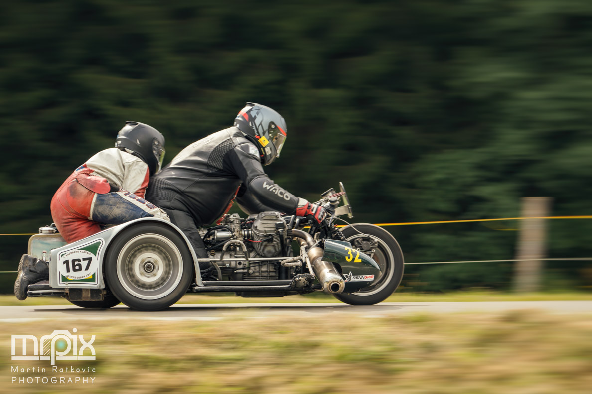 Motorrad und Beiwagen beim Auerberg-Rennen in Bernbeuren