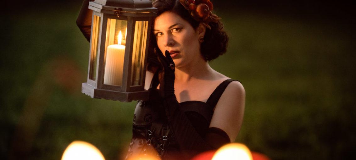 Candlelight-Thriller: Das Nightmare Before Christmas Gothic Velvet Dress