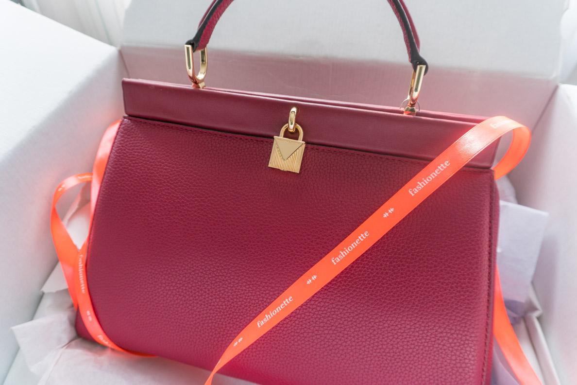 Eine Michael Kors Designertasche von Fashionette