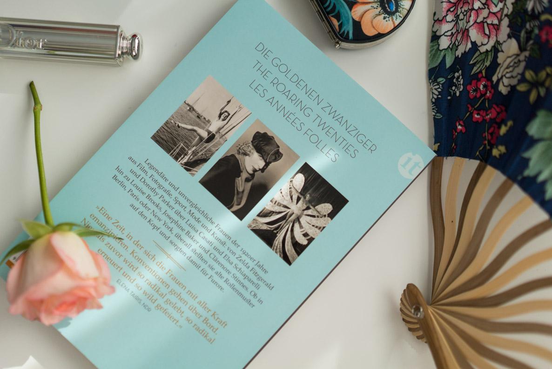 """Die Rückseite des Buches """"Frauen der 1920er Jahre"""" von Thomas Bleitner"""