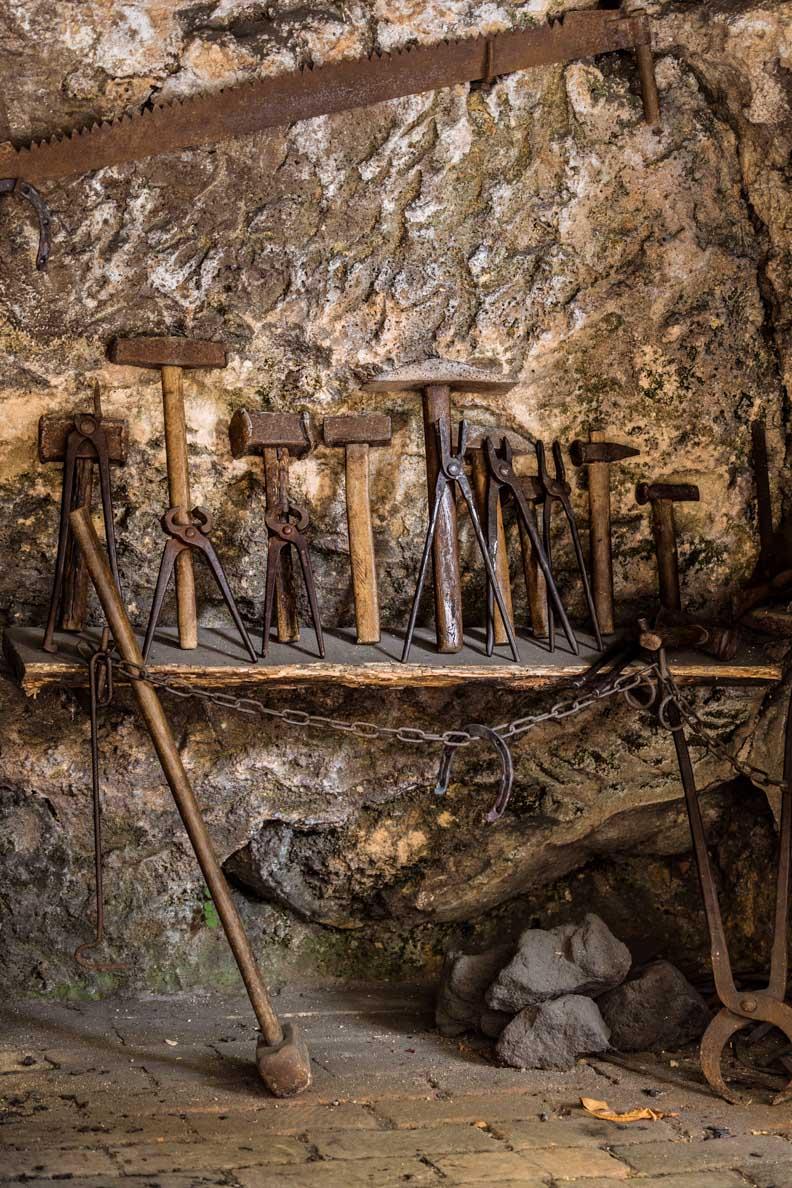 Historisches Werkzeug im Nationalpark Krka