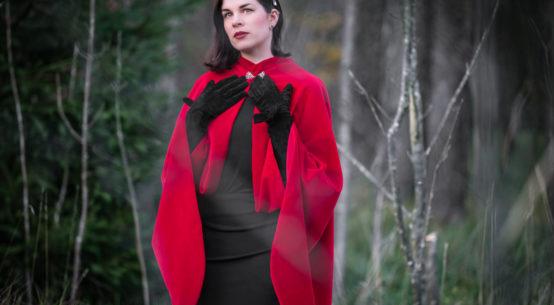 Drama Baby: Schick durch den Winter mit dem atemberaubenden Drama Cape von Grünten Mode