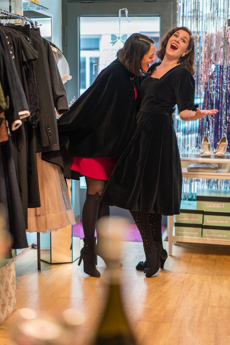 Nina von Maison Chi Chi Vintage und Mode-Bloggerin Sandra alias Miss RetroCat